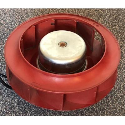 Gereviseerde ruilmotor voor Zehnder ComfoAir 550 WTW unit. R3G220