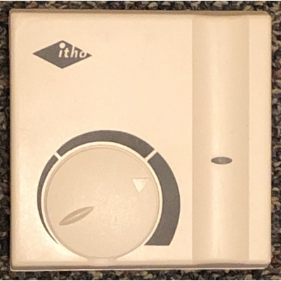 Nieuwe Itho HRU traploze regelaar. 754-3010