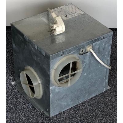 Goede gebruikte metalen ventilatiebox met Perilex stekker. (225m3)